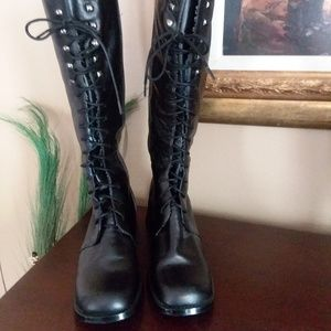 NWOT Newport News Easy Style Boots Size 6 1/2M